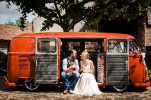 Ratsbury-Barn Wedding Photography