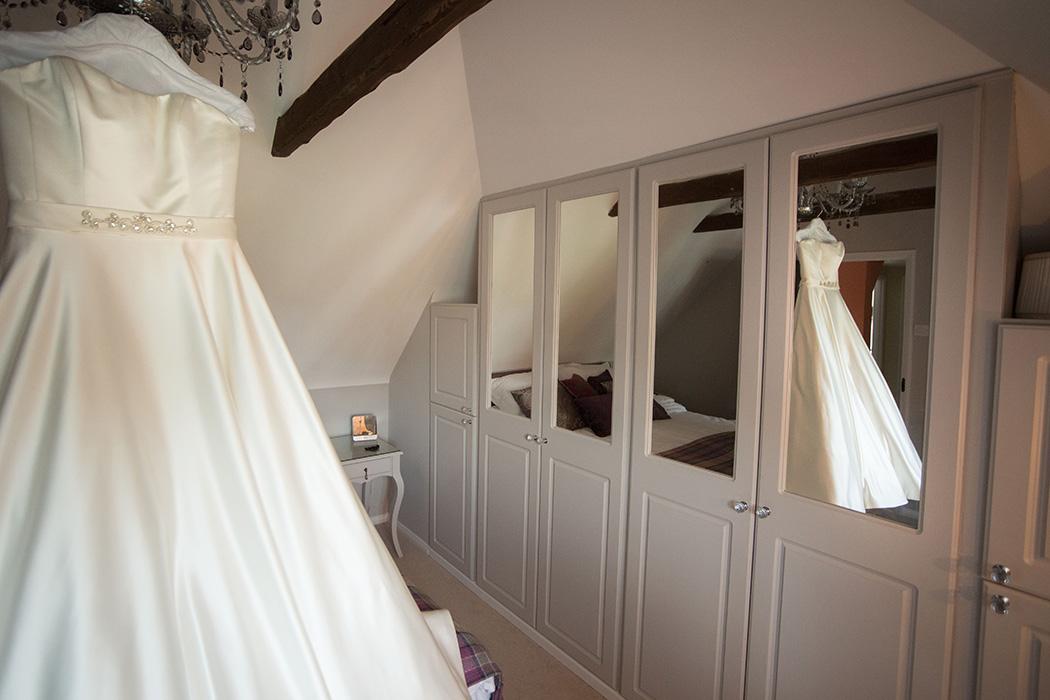 Beaulieu-Abbey-Wedding-Photography-2
