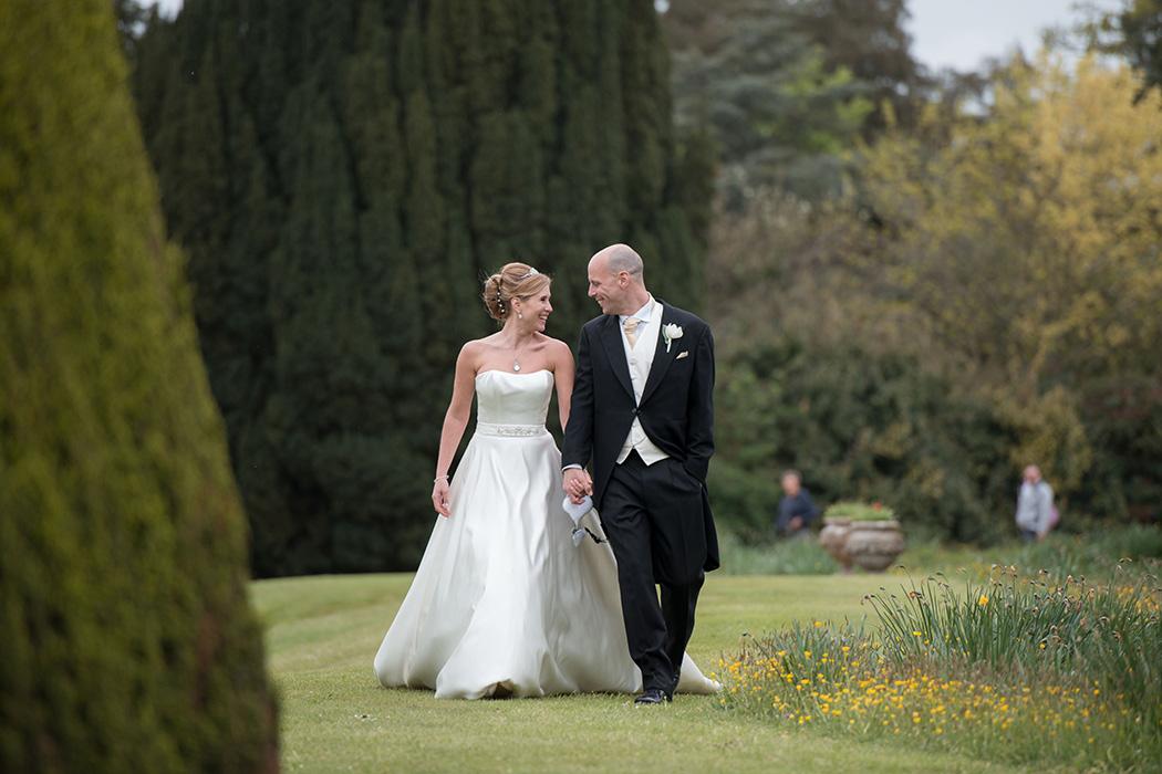 Beaulieu-Abbey-Wedding-Photography-31