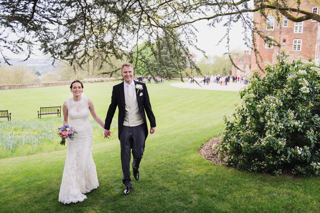 Farnham-castle-wedding-photography-22