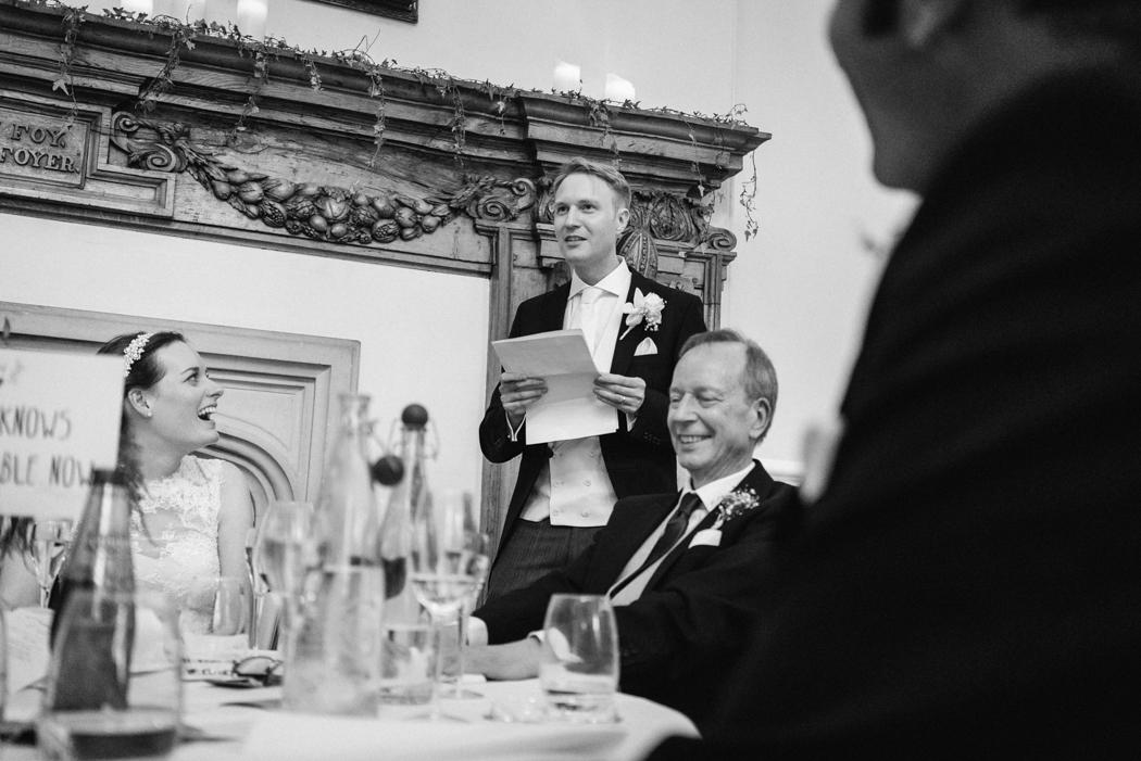 Farnham-castle-wedding-photography-32