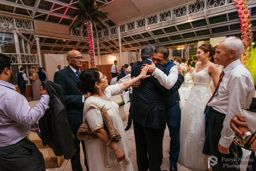 Millenium-gloucester-hotel-wedding-photography-30