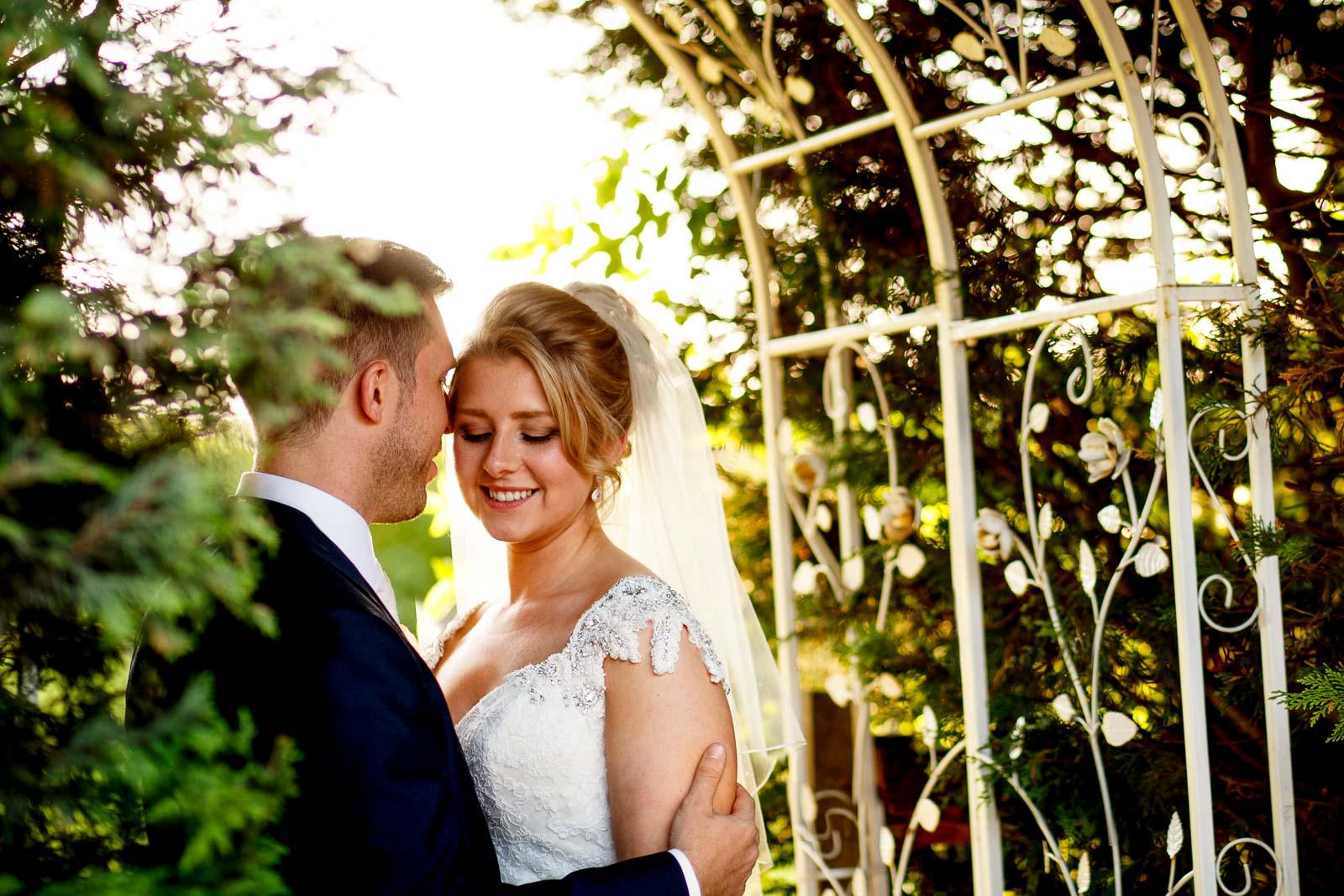 OLD-BROOK-BARN-WEDDING-PHOTOGRAPHY-34